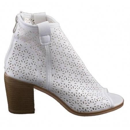 Sandale fashion albe, pentru femei