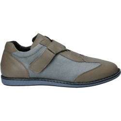 Pantofi eleganti din piele...