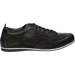 Pantofi sneakers, din piele...