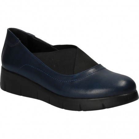 Pantofi bleumarin, cu platforma, din piele