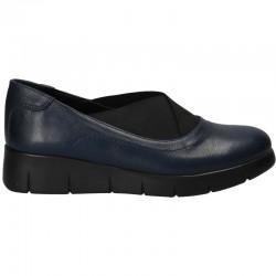 Pantofi bleumarin, cu...