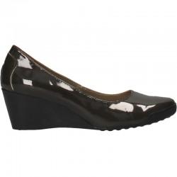Pantofi cu platforma, din piele lacuita