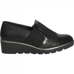 Pantofi negri, de dama, cu talpa plina
