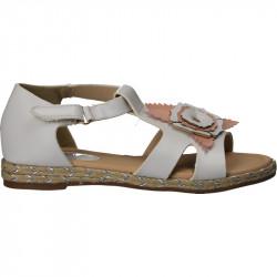 Sandale albe din piele...