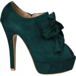 Pantofi dama, extravaganti...