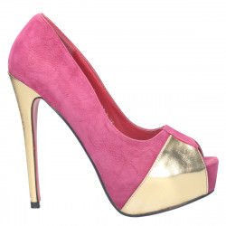 Pantofi extravaganti, cu platforma