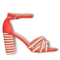 Sandale moderne, cu toc...