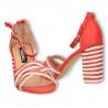Sandale moderne, cu toc masiv, combinatie de culori rosu cu alb