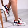 Pantofi trendy, albi, insertii colorate
