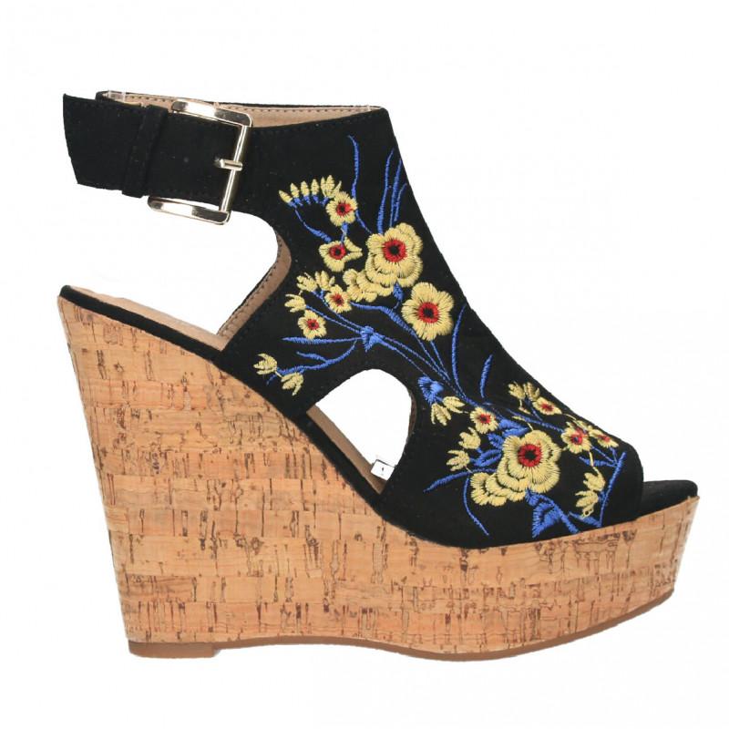 Sandale moderne, cu platforma pluta