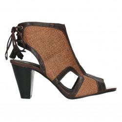 Sandale trendy, cu toc mediu