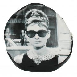 Sacosa pliabila, Audrey Hepburn