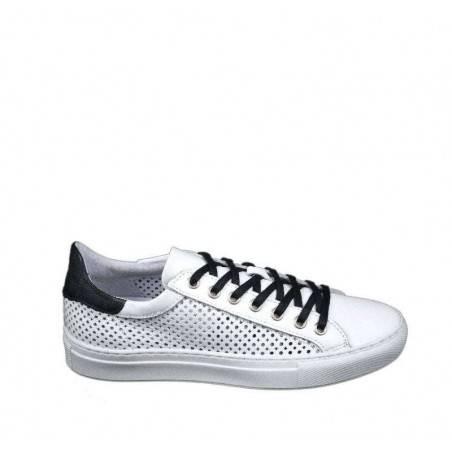 Sneakers dama, albi, cu perforatii