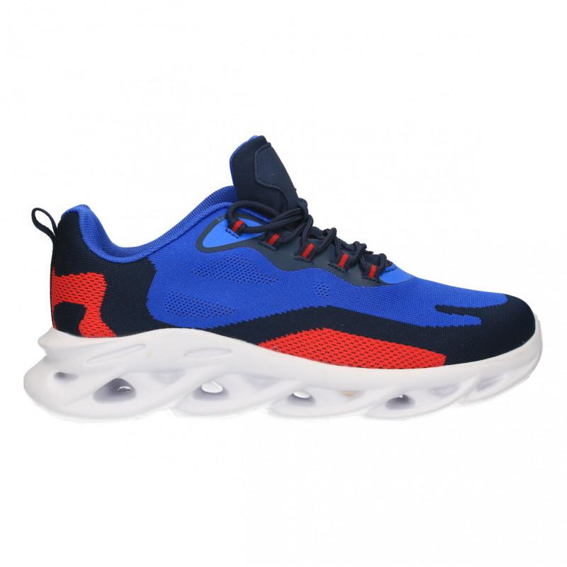 Pantofi sport barbati, culori intense