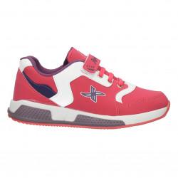 Sneakers moderni, sport, culoarea roz