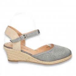 Pantofi dama, cu calcai decupat, platforma mica si strasuri - LS205