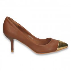 Pantofi eleganti, cu varf auriu si toc mic,  maro - LS303