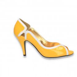 Pantofi din piele ecologica lacuita, galbeni, pentru femei  - LS378