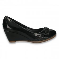 Pantofi femei model calsic, din lac, negri - LS456