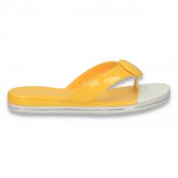 Papuci dama infradito, din lac, galbeni - LS543