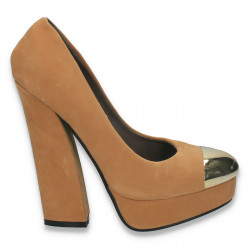 Pantofi femei cu toc masiv si varf auriu, camel - LS505