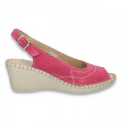 Sandale dama din piele intoarsa, cu platforma, fucsia - W312