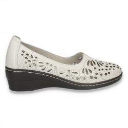 Pantofi dama din piele, cu decupaje, albi - W391