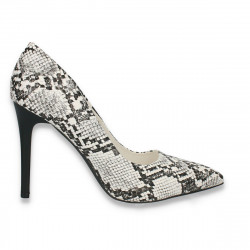 Pantofi stiletto, cu toc...